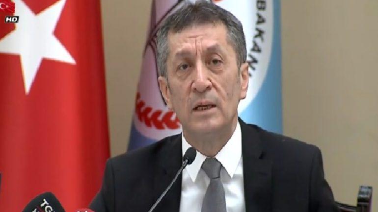Milli Eğitim Bakanı Ziya Selçuk basın toplantısı düzenledi