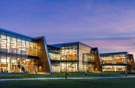Amerika'da kariyer imkanının anahtarı Community College